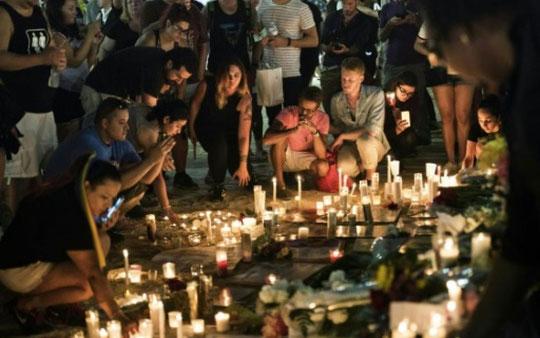 Massacre d'Orlando – Recueillement