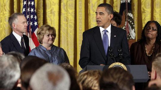 Les parent de Matthew Sheppard à la Maison-Blanche, 28 octobre 2009.