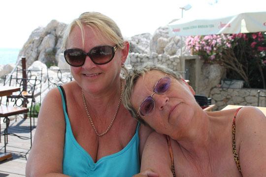 Renate und Helen.