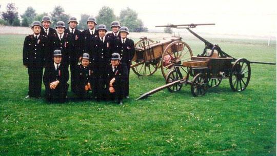Gruppenbild der Ehemaligen Feuerwehrleute aus Hasselsweiler 1984