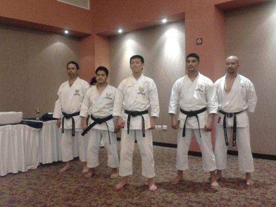 Representantes  JKS México, Zona Norte, Golfo Sur y Centro de México  al centro Kanayama Sensei.