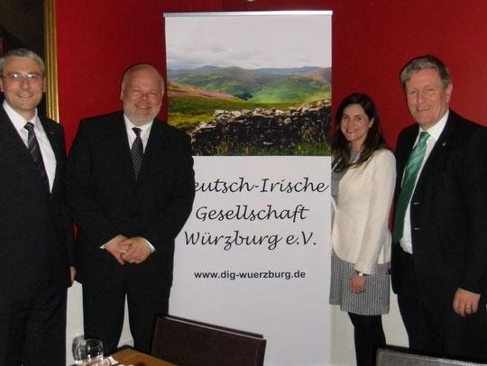 Peter Wimmer, Matthias Fleckenstein, Emma Phelan, Botschafter Dan Mulhall (Mai 2013)