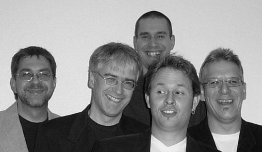 Günter Schön (key), Ebi Mann (g), Olli Glassl (b, didgeridoo), Jan Giegerich (voc), Geo Köhler (dr)