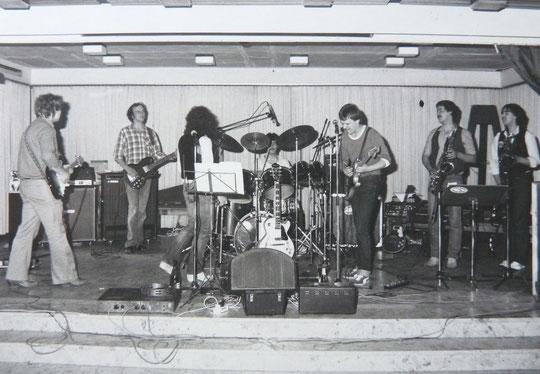 Sleepy Feet 1979-1982: v.l.n.r.: Freak Kruse, Fitze Fritz, Beeni Beyer, Ramba Winter, Tom Jet, Helle Baum, Zabel Appel