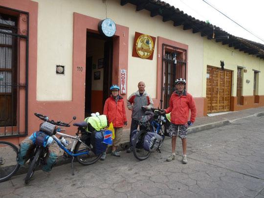 Départ de San Cristobal, accompagnés de Giovani