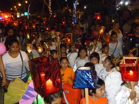 défilé de Noël à Occosingo