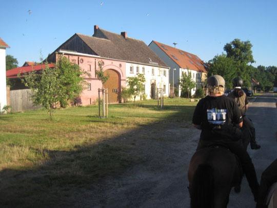 teilweise werden die Dörfer sehr schön renoviert in Brandenburg