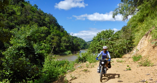 Trail along the Nam Kok – i had to push my bikes four times😳🙄🥴