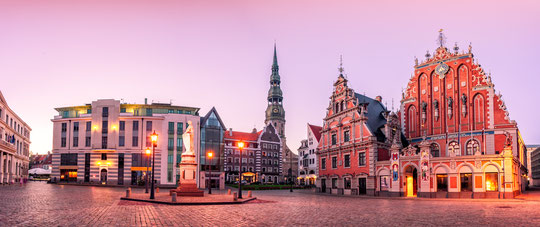 Visit Latvia, Capital, Riga. Old town, House of the Blackheads.