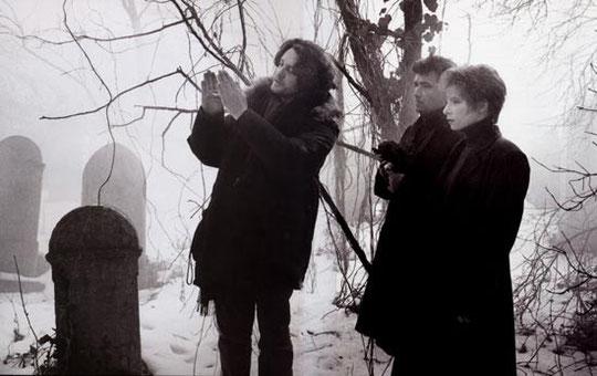 Grand rendez-vous pour Mylène dans Mylène 1989 - 1990 tournage-de-regrets-avec-jean-louis-murat-au-centre-titre-sorti-en-1991