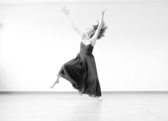 Bild aus www.btd-tanztherapie.de