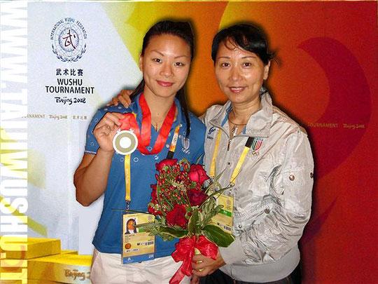 Nella foto: M* Xu Guan Guan e figlia Xu Huihui alle Olimpiadi di Pechino 2008