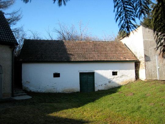 Untere Kellergasse - Presshaus mit Baumpresse von Maria u. Johannes Parrer (vormals Leisser)