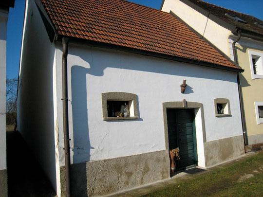 Untere Kellergasse - Presshaus mit Baumpresse von Fred Kroissenbrunner (vormalds Schießer)
