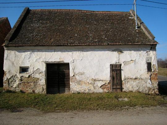 Obere Kellergasse - Presshaus mit Baumpresse von Anton Scheiner