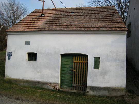 Boentweg - Presshaus von Anni Grohmann