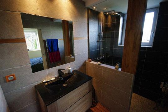 Carrelage plaquiste peintre et carreleur chamb ry for Cout d une salle de bain