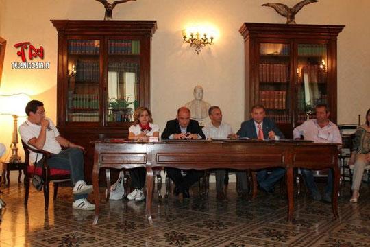 Riunione dei Sindaci e dei Presidenti del Consigli Comunali del circondario presso lo studio - 9 giugno 2012