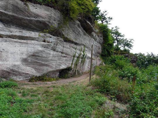 grotte des sorcières