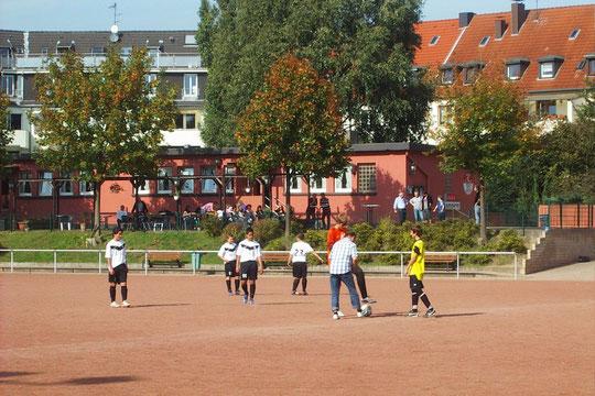 Meisterschaftsauftakt an der Keplerstraße. (Foto: mal).