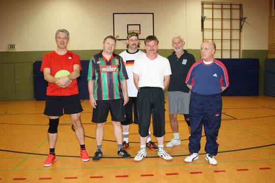 Gruppe Fussball Ü 40 Gerlingsen Montag 19.00 Uhr Info bei Barbezat Tel.02371/31383