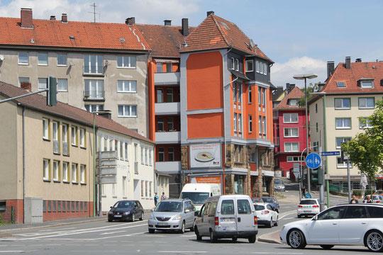 Die Beratungsstelle in der Rathausstr. 39 -Ecke Arndtstr.-  vom Märkischen Ring aus gesehen