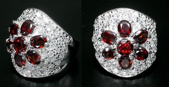 ольцо из серебра 925 пробы с гранатом и цирконами. Размер 17. Цена 2500.руб. ,Серебряные серьги с аметистом, топазом и цирконием.