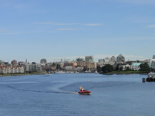 arriving in Canada (Victoria)