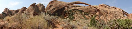 Panorama Landscape Arch 95 m Spannweite (Arches N.P.)