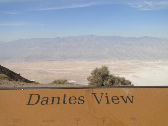 Dantes View ... Blick hinunter nach Badwater (Death Valley)