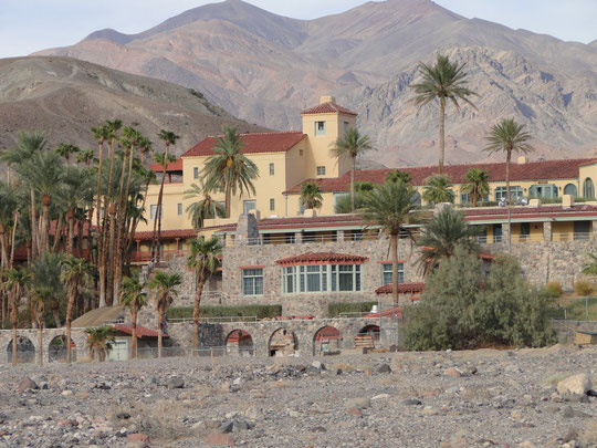 Furnace Creek Inn ... im Sommer geschlossen (Death Valley)