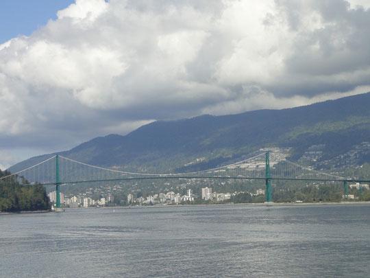 Lions Gate Bridge - Familie Guiness (Vancouver)