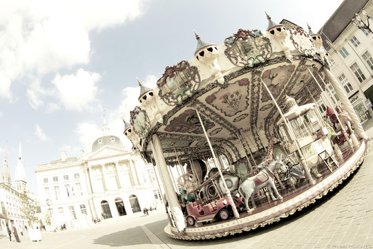 Carrousel place Foch