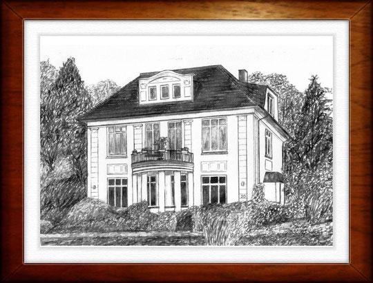 Villa Delingsdorfer Weg, HH-Rahlstedt  Villa Delingsdorfer Weg, HH-Rahlstedt  Bleistiftzeichnung  42 x30 cm