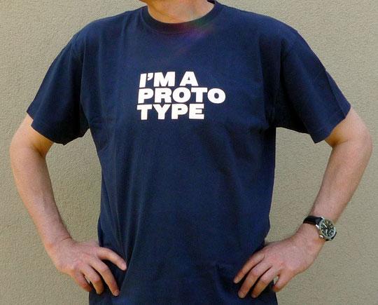 Themenspezifisches T-Shirt (© La Biennale di Venezia) - Foto © Knauer Architekten