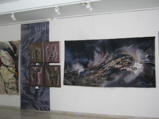 """гобелен """"Амплитуда бессилия...""""  2014 в экспозиции персональной выставки"""