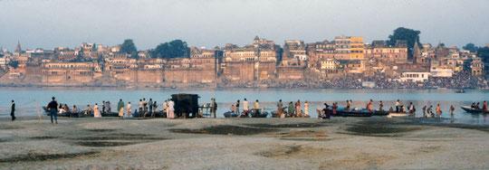Varanasi vom anderen Ganges-Ufer