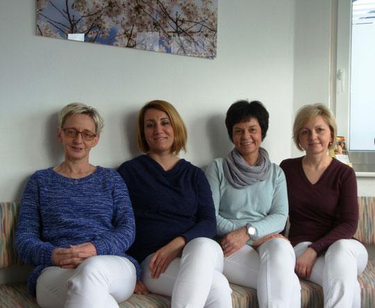 Helga  Schirra - Lidya  Cevik - Susanne  Di Gennaro - Irina  Frohloff