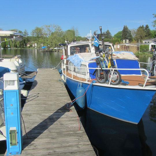 Sommerboot1  am Hafen Wernsdorf