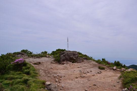 由布岳最高峰:西峰
