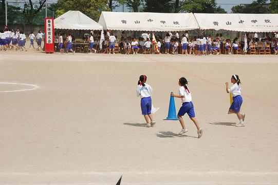 五月晴れの中で行われた青中体育大会