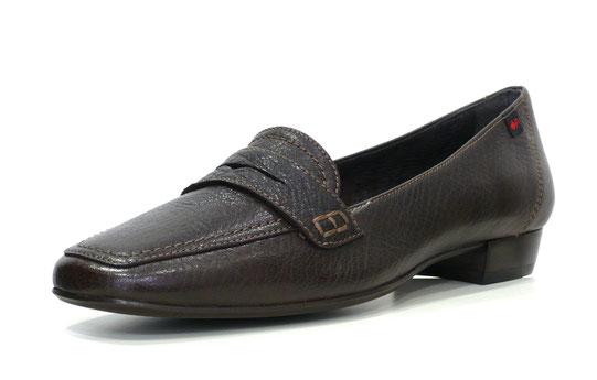 zapato mocasín en piel grabada pinot testa (color marrón) con antifaz y pespunte al tono de la marca Patricia