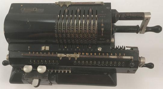 ORIGINAL ODHNER modelo 29, s/n 29-298536, capacidad 10x8x13, año 1938, 36x15x12 cm