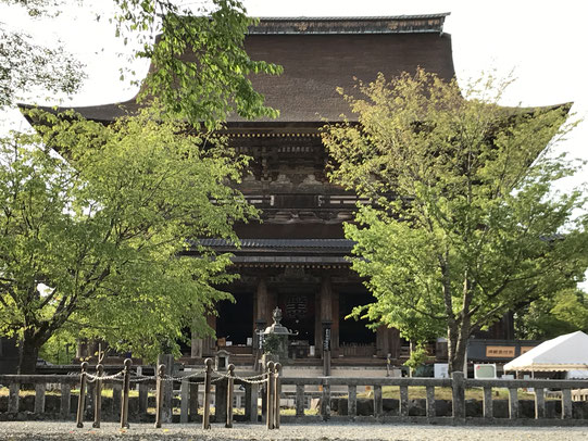 大峯奥駈75靡(なびき)の73番靡である金峯山寺の蔵王堂