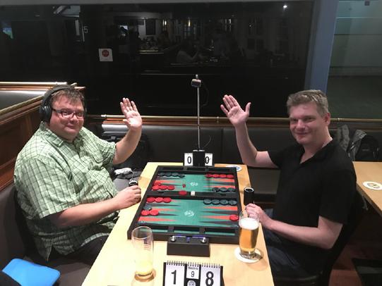 Christan Plenz (rechts), Sieger der Consolation gegen Oliver Plaehn, beide gut gelaunt