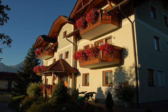Unser 2. Haus. Auch das Haupthaus mit Ferienwohnungen bzw. Appartements.