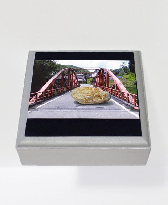 《ただの石(描写例)》2009年、2013年