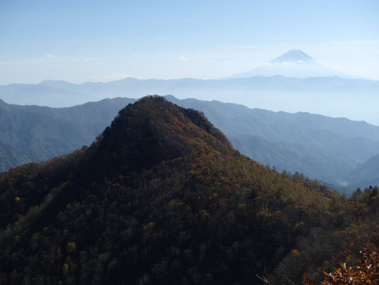 太刀岡山 黒富士 曲岳 茅ヶ岳 登山 ガイド