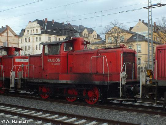 Am 17. Januar 2014 wurde 363 171-0 mit zwei Schwesterloks aus Richtung Freiberg über Chemnitz in Richtung Zwickau überführt. Das Bild entstand in Chemnitz Hbf.