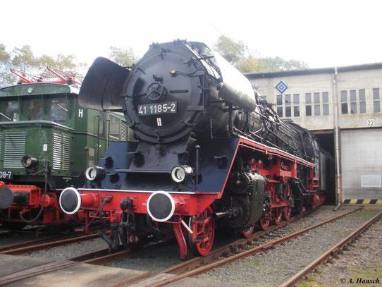 Am 9. Oktober 2010 war 41 1185-2 im Bw Luth. Wittenberg zu sehen